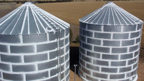 Silo joints, bolts, flashings, penetrations sealed