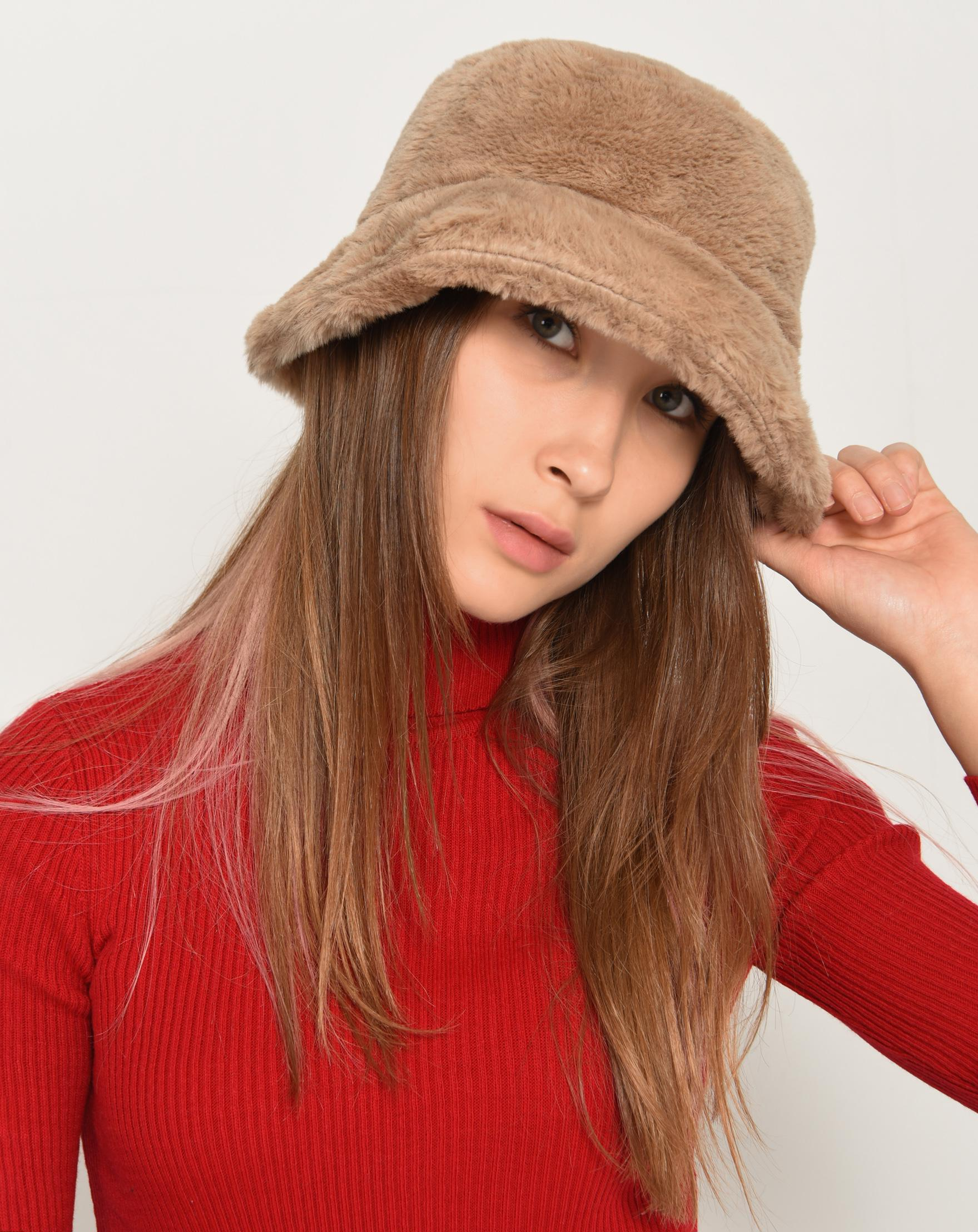 قبعة بوكيت ناعمة بني فاتح نسائية