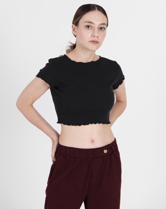 Women's Basic Black Crop T-shirt