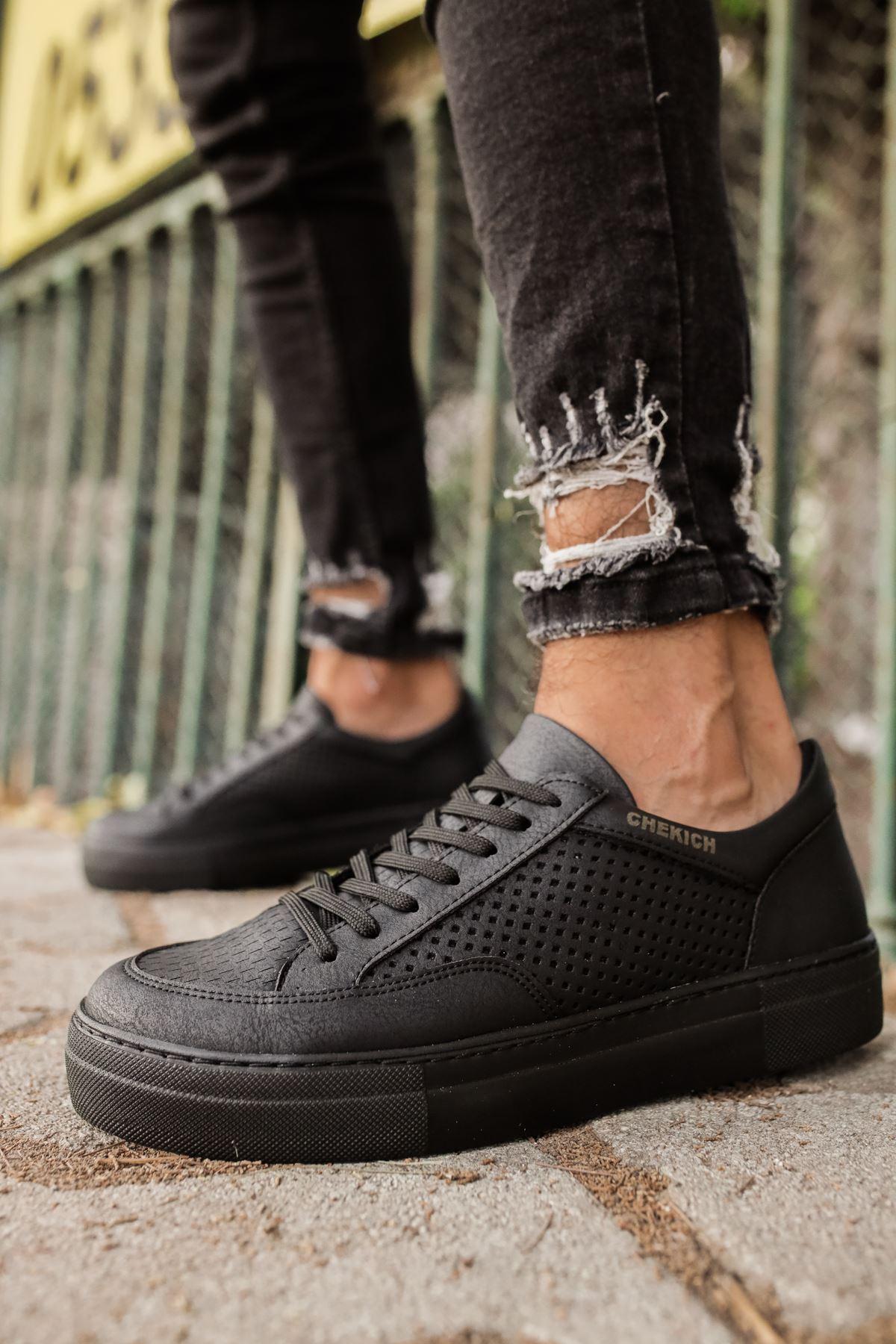 Men's Lace-up Black Shoes