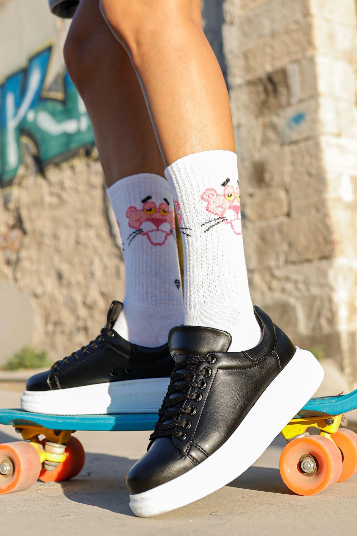 حذاء رياضة أسود برباط نسائي