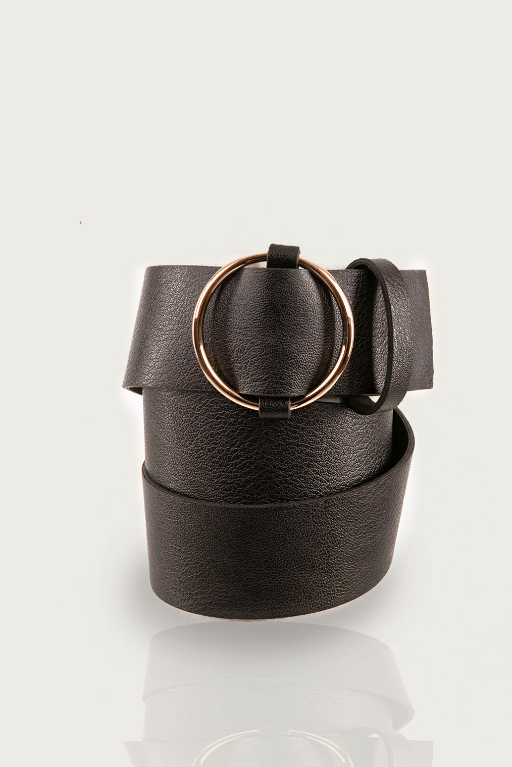 Women's Round Buckle Artificial Leather Belt