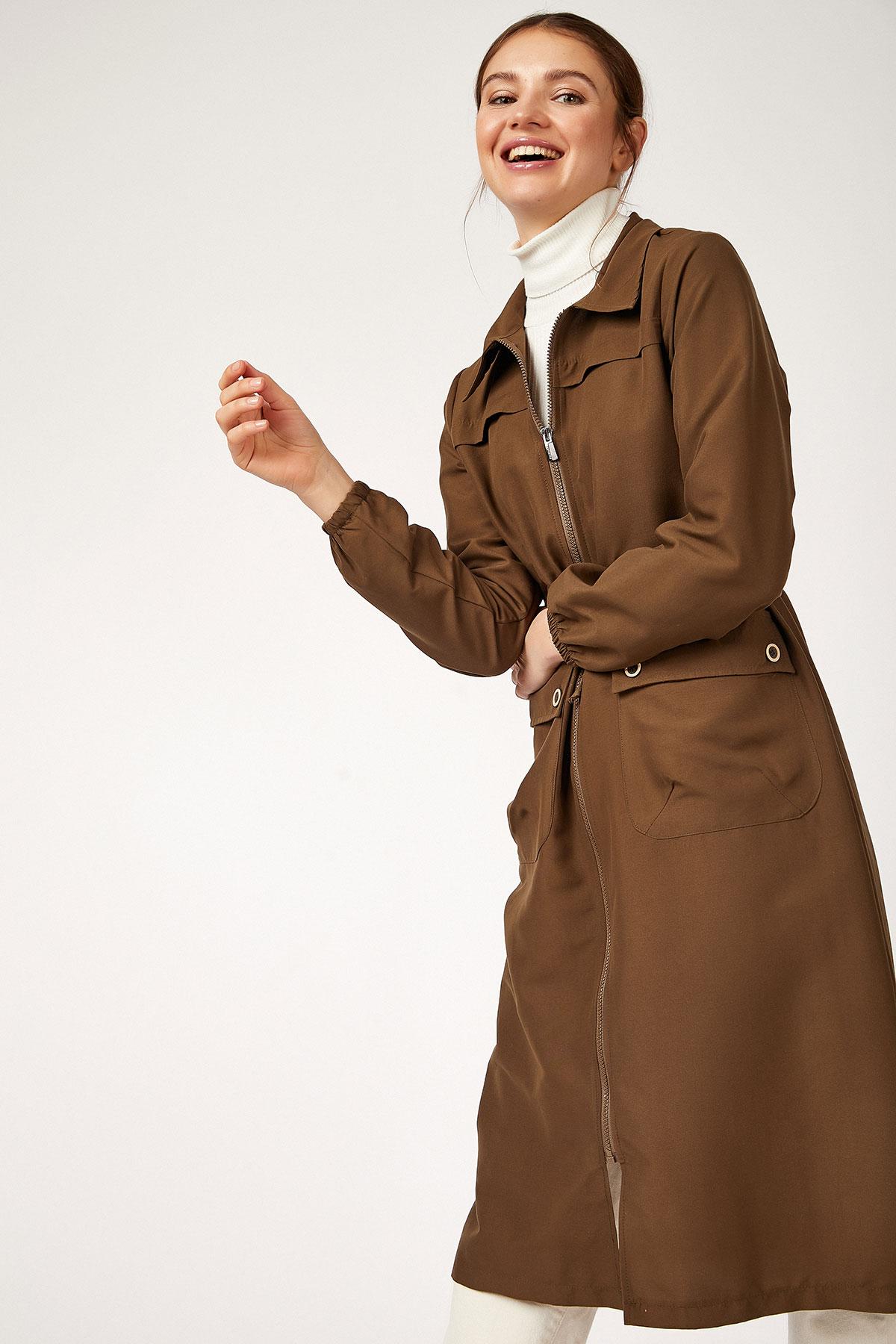 Women's Zipped Pocket Khaki Trenchcoat