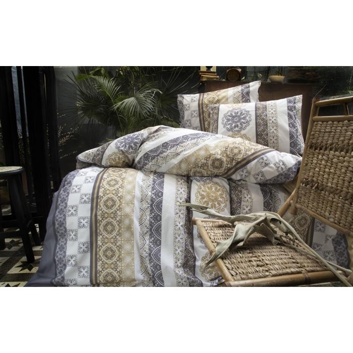 طقم سرير مزدوج مزخرف- غطاء لحاف: 200*220 سم، ملاية: 240*260 سم، غطاء وسادة: 50*70 سم (2 قطعة)