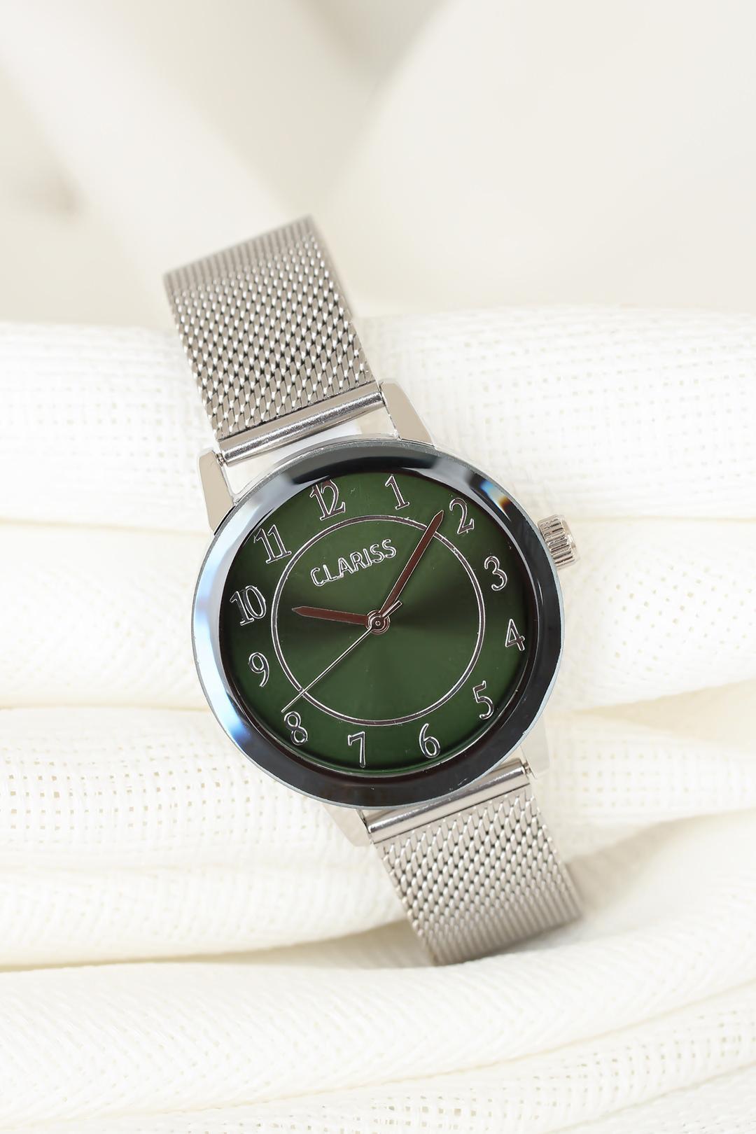 ساعة معدنية فضية بجزء أخضر داخلي نسائية