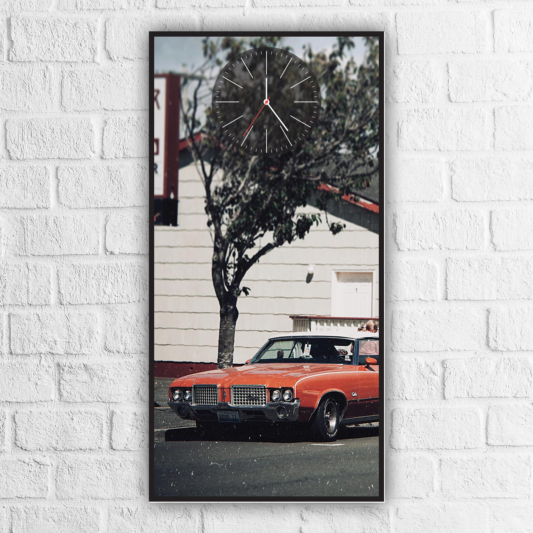 ساعة حائط بلوحة سيارة مزخرفة