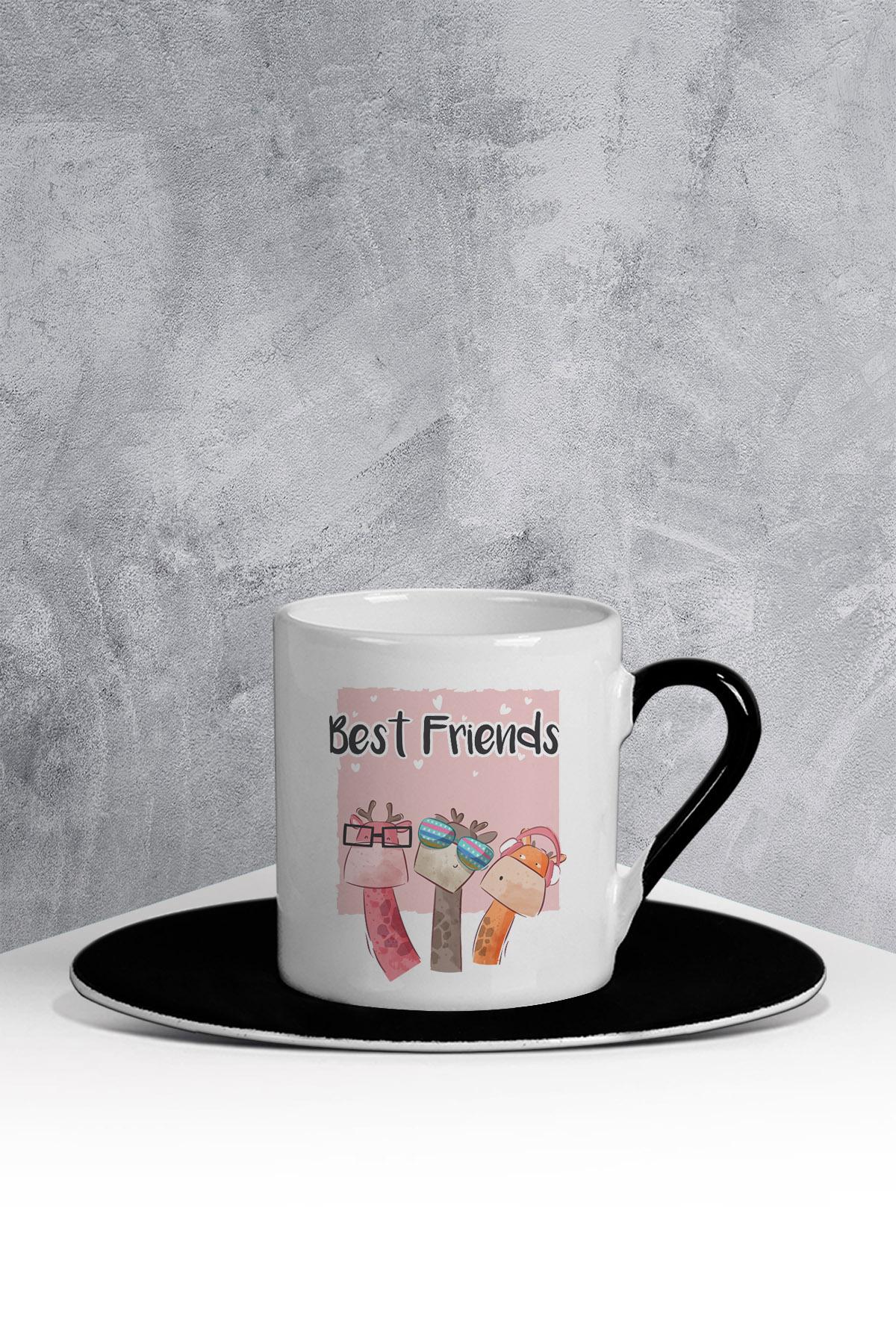 كوب قهوة أسود أبيض بطبعة حيوان لطيف