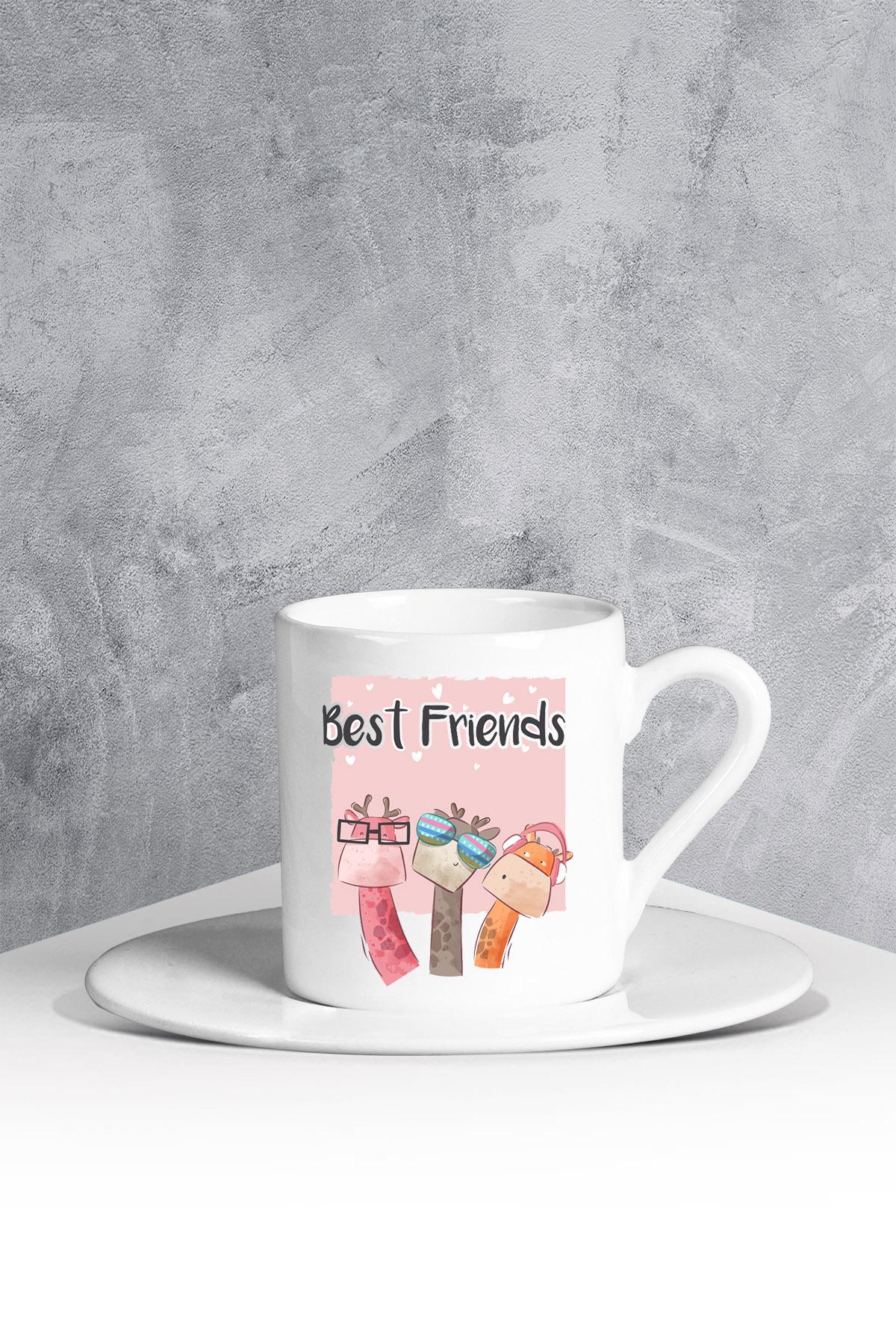 كوب قهوة أبيض بتصميم Best Friends