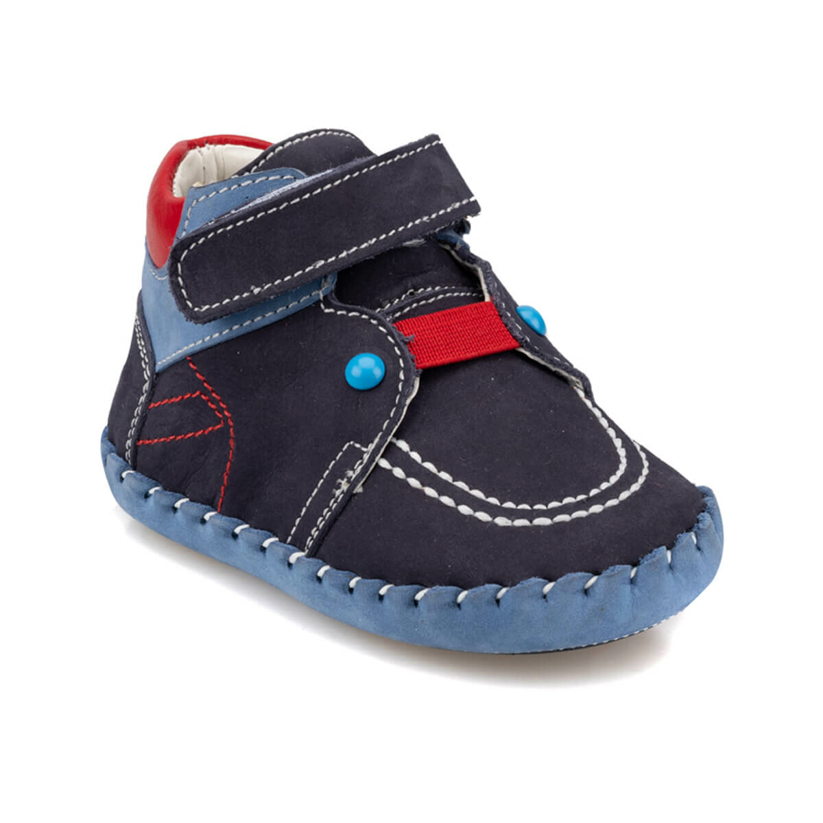 حذاء رياضة كحلي بباند فيلكرو ولادي
