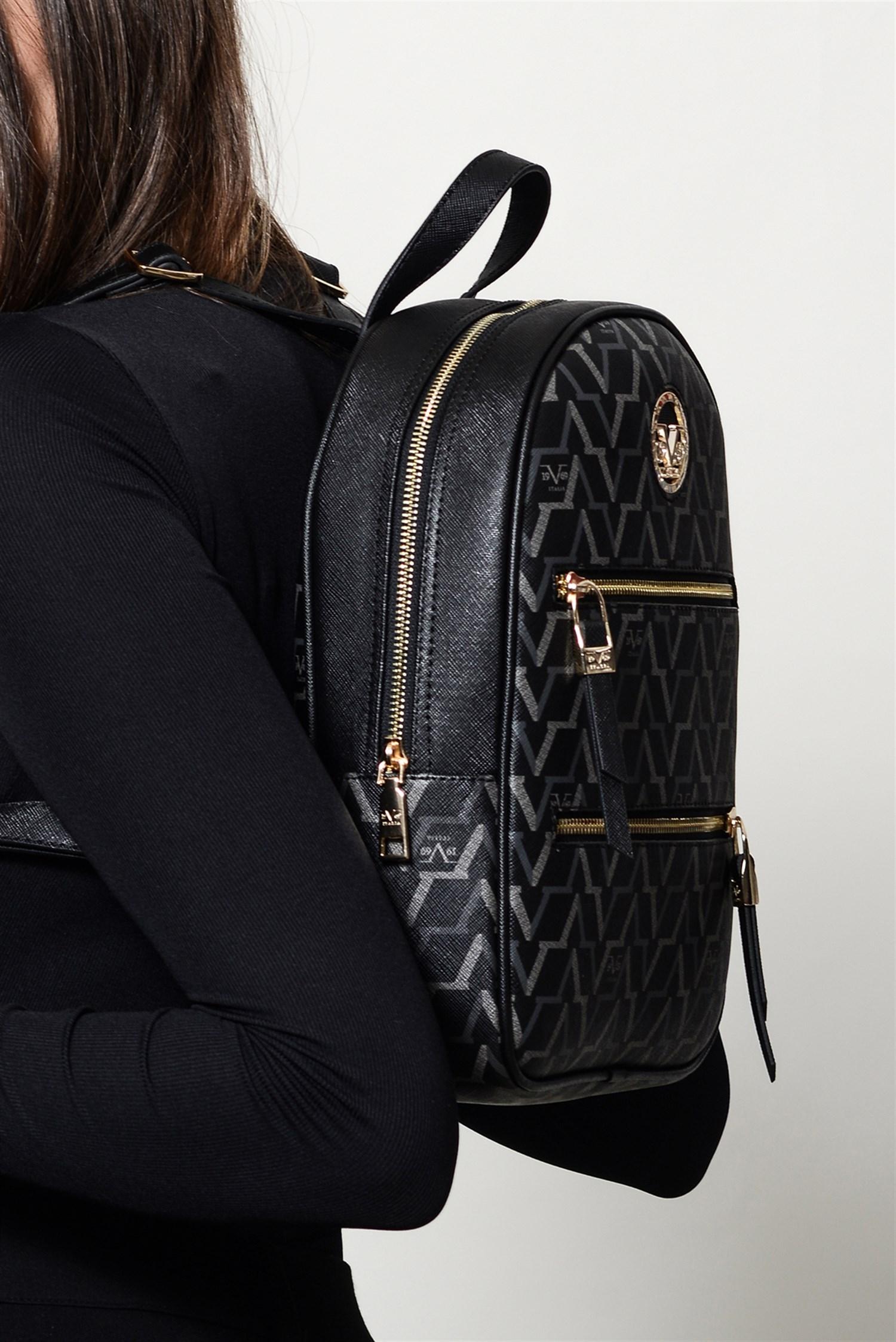 حقيبة ظهر سوداء مزخرفة نسائية