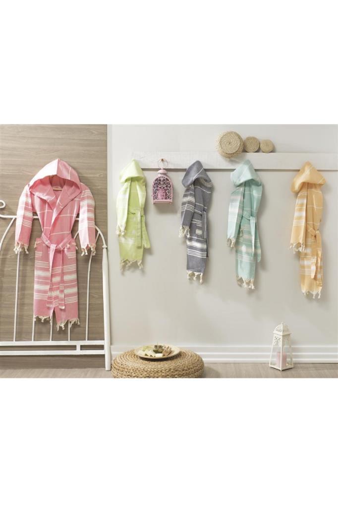 Unisex Kid's Patterned Bathrobe (Various Colors & Patterns)