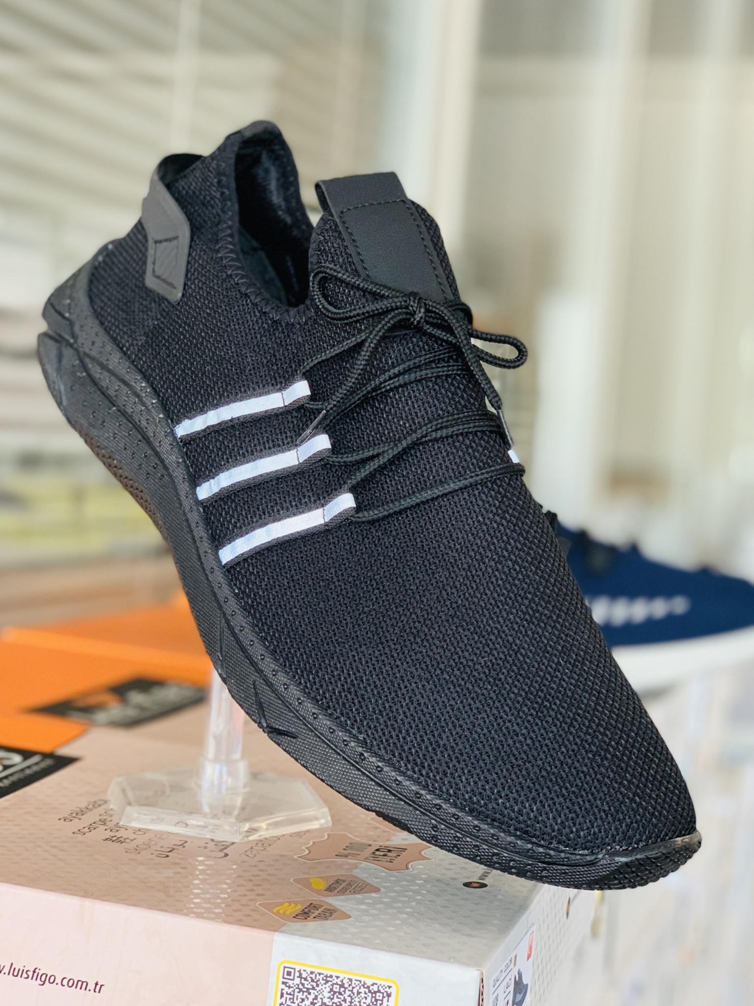 Big Size Sport Shoes