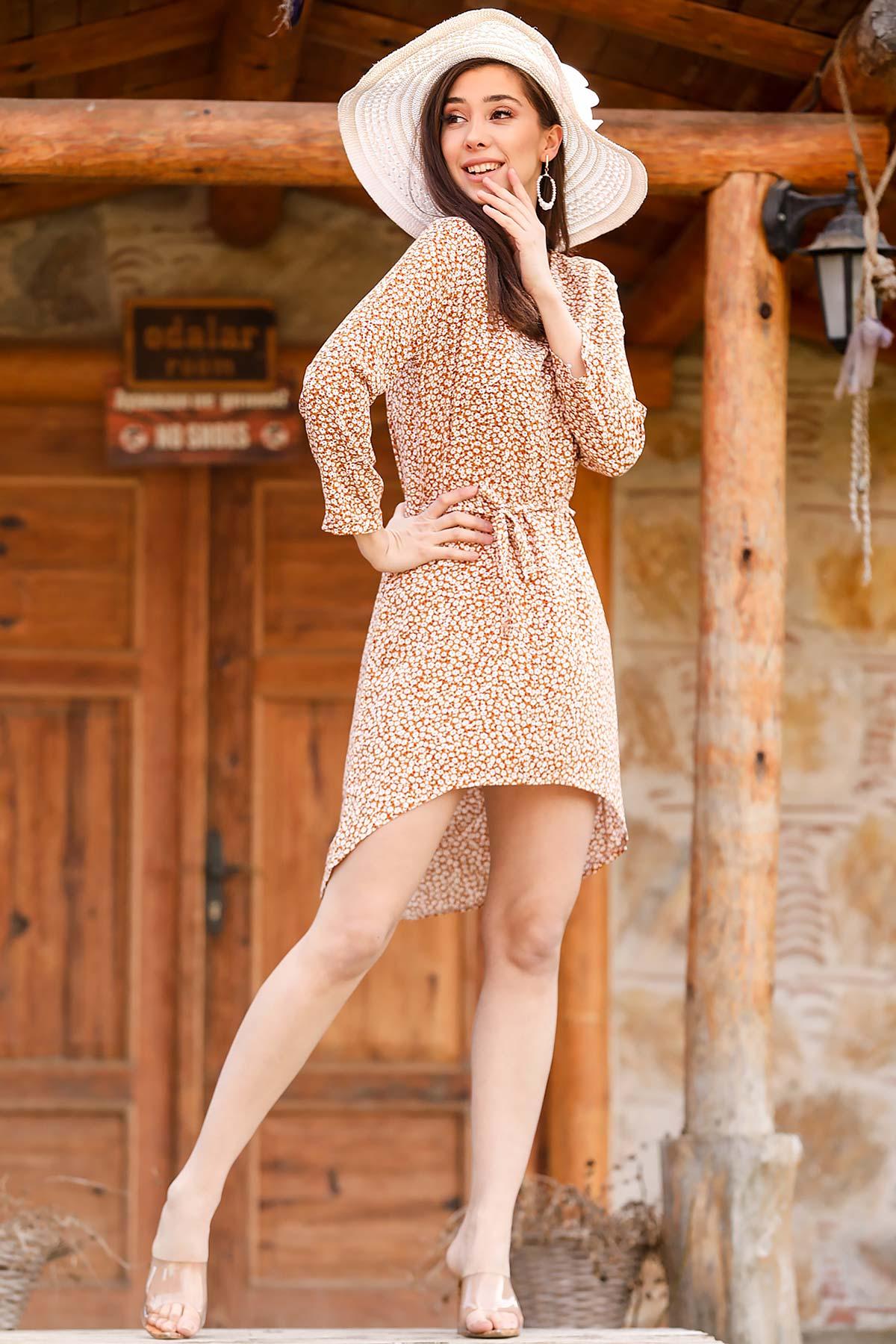 فستان قصير بني مزخرف نسائي
