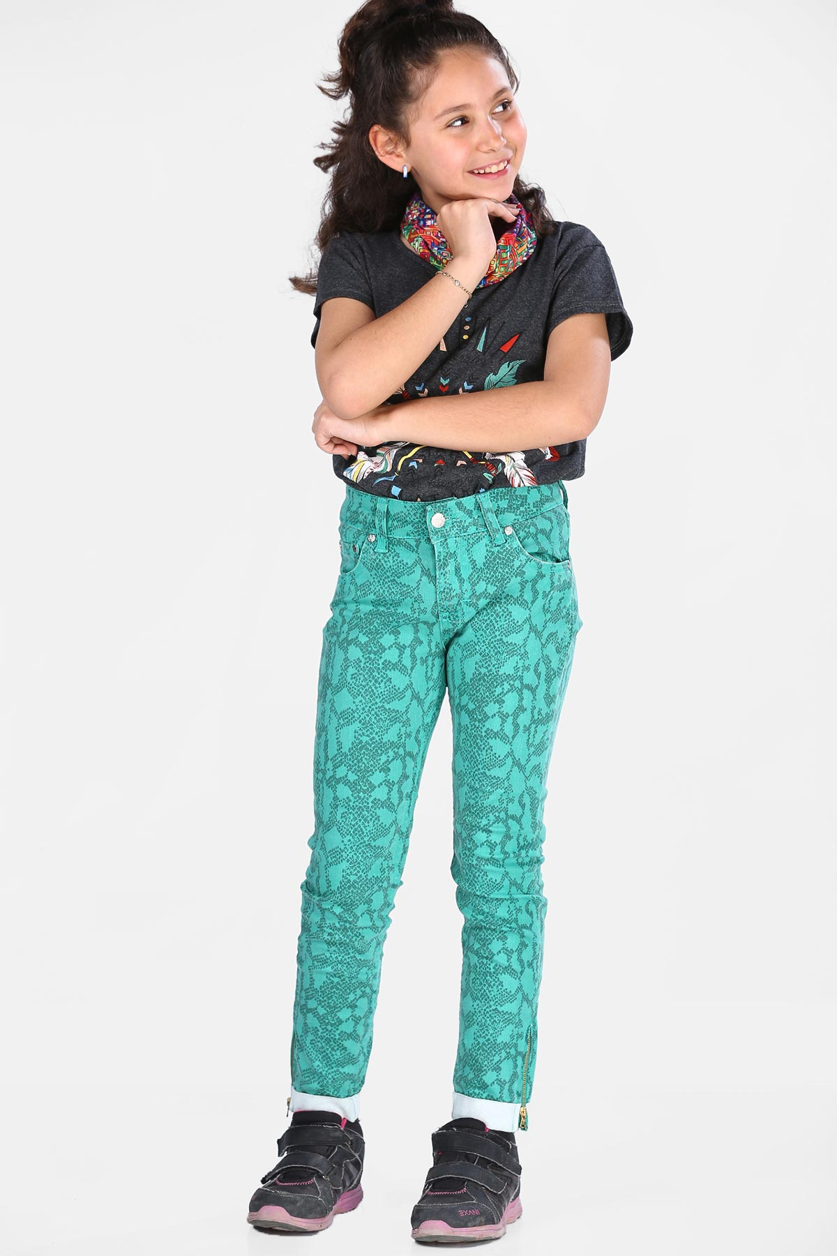 Girl's Patterned Green Pants