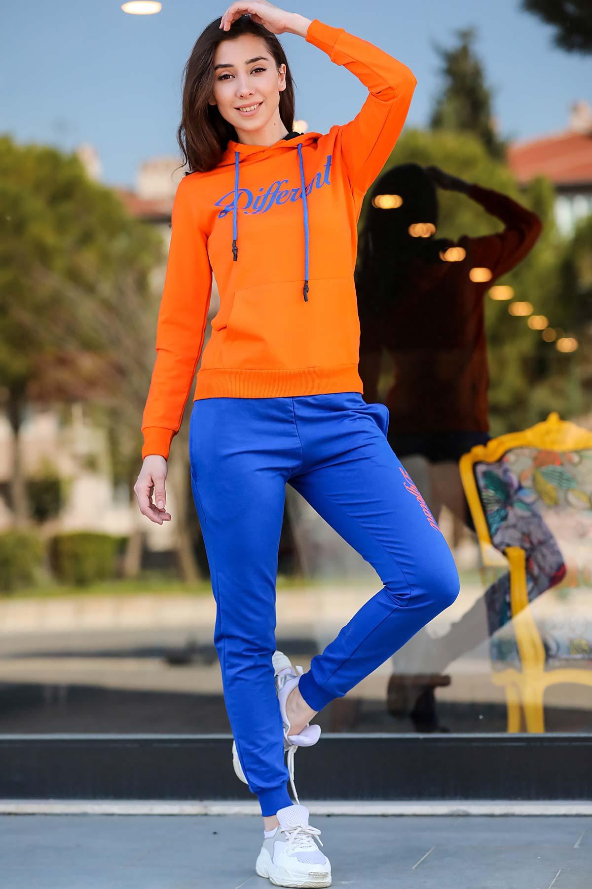 ملابس رياضية هودي برتقالي نسائية
