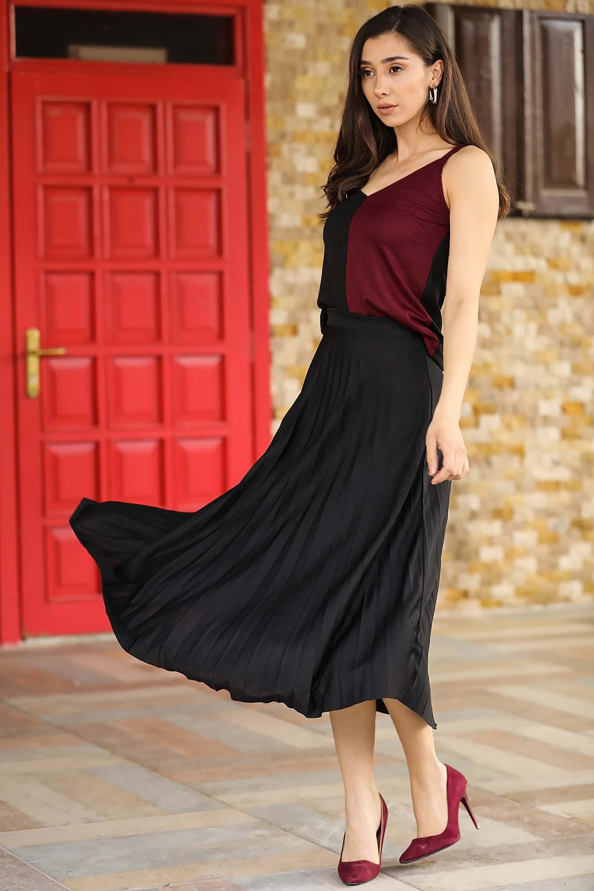 Women's Black T-shirt Skirt Set