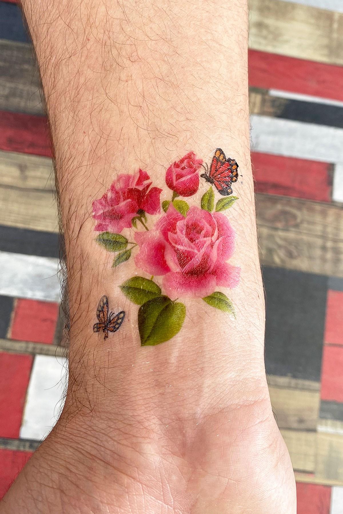 تاتو مؤقت بتصميم وردة