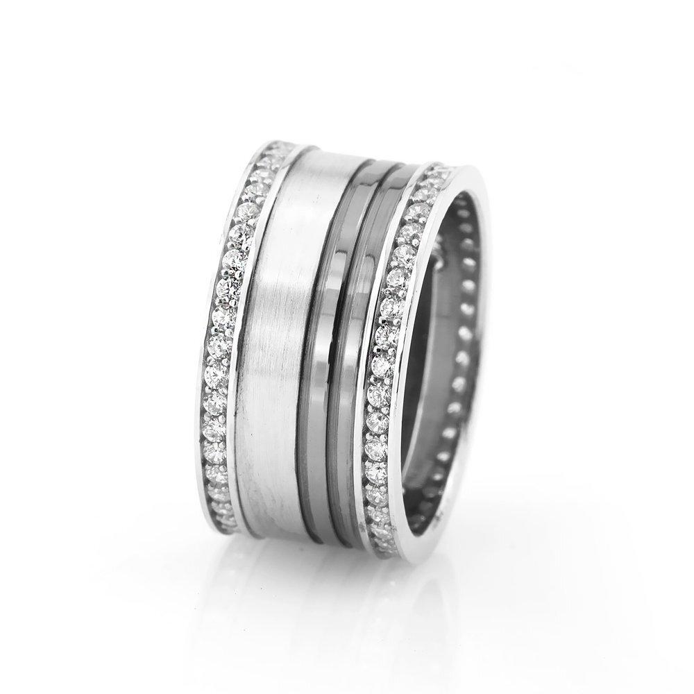 Elegant Design Zircon Gemmed 925 Carat Silver Wedding Ring