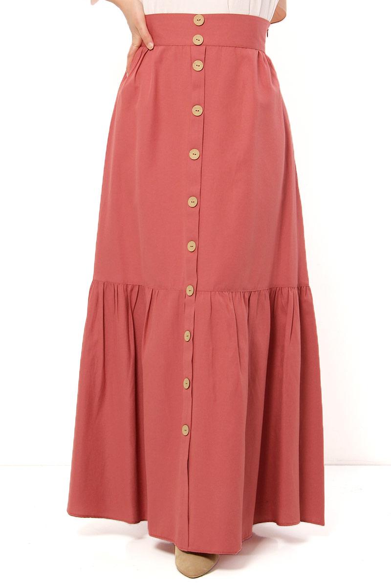 تنورة طويلة محتشمة وردي غامق بأزرار نسائية