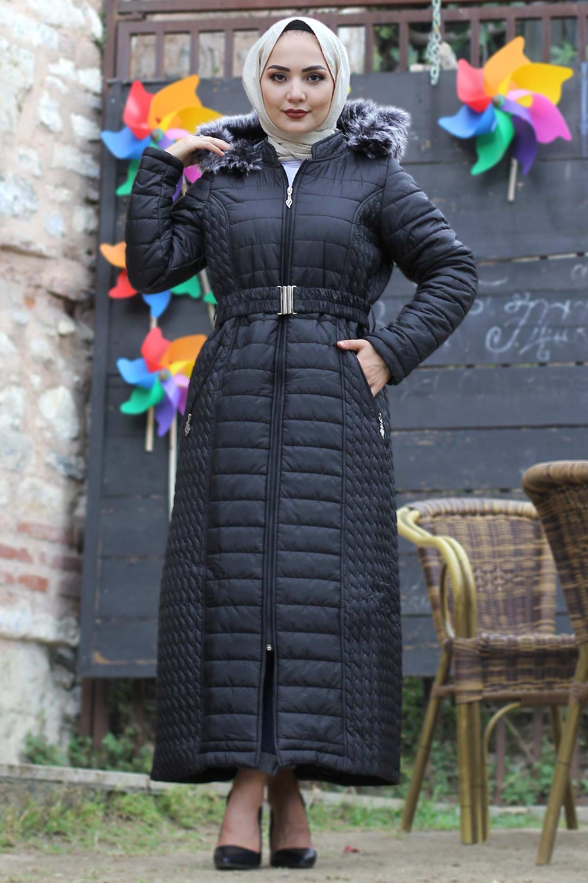 معطف مبطن أسود طويل نسائي