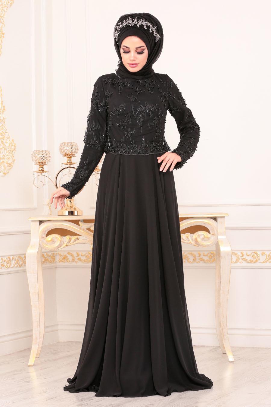 فستان سهرة أسود بجزء علوي بخرز نسائي