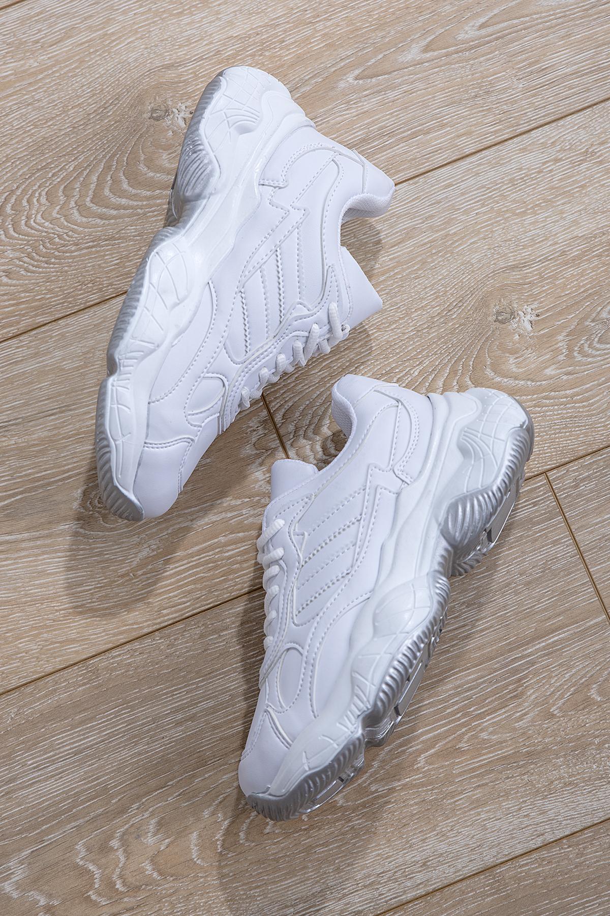 Women's White Sport Shoes