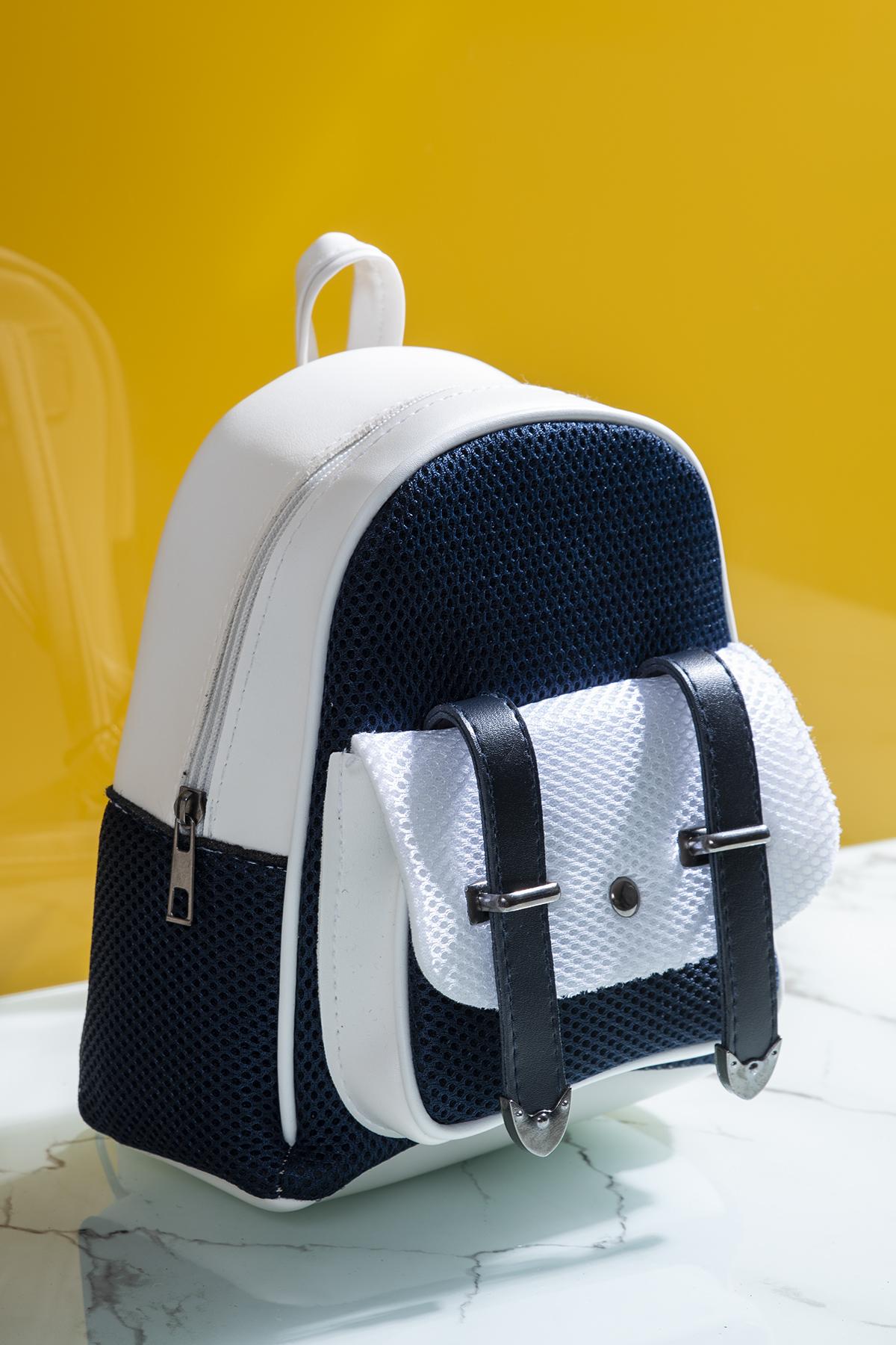حقيبة أبيض كحلي نسائية
