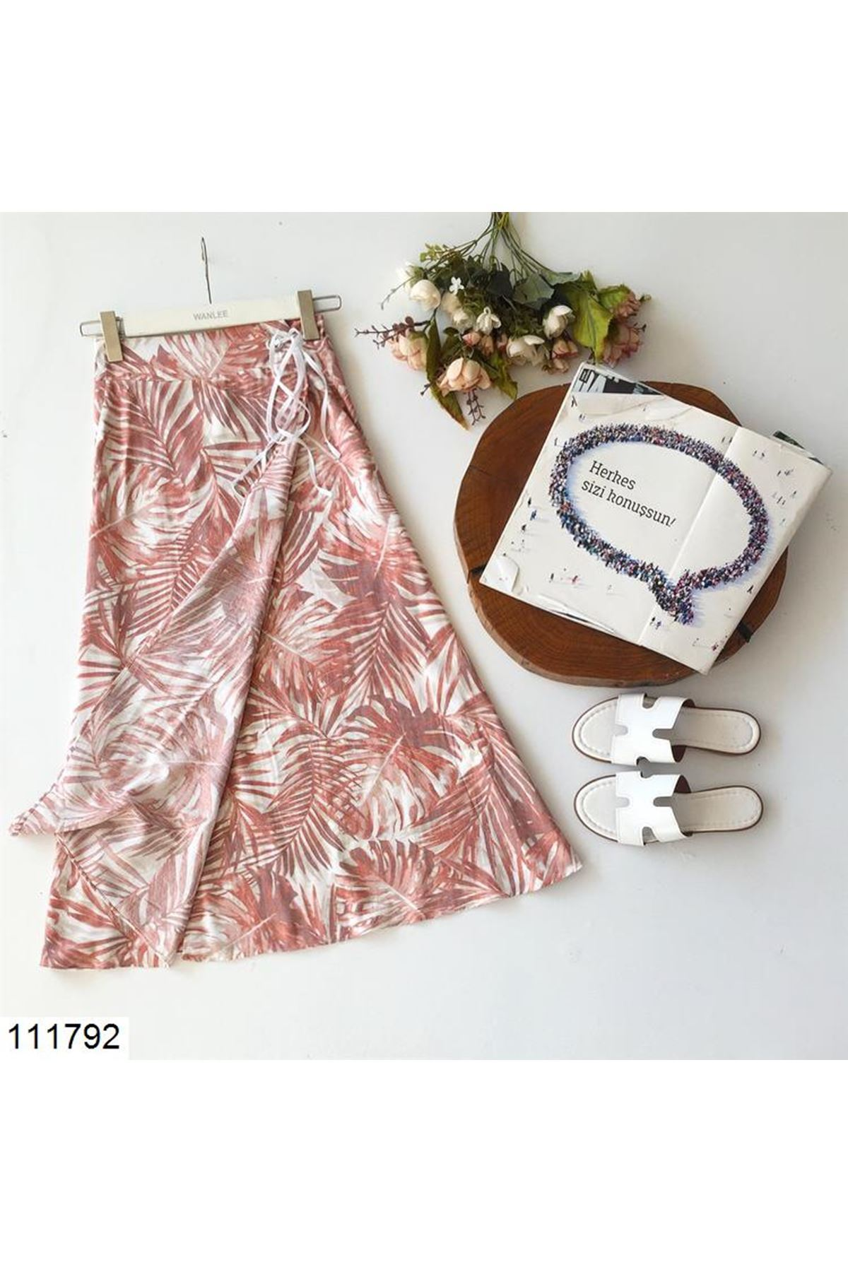 Women's Eyelet Detail Leaf Pattern Midi Skirt