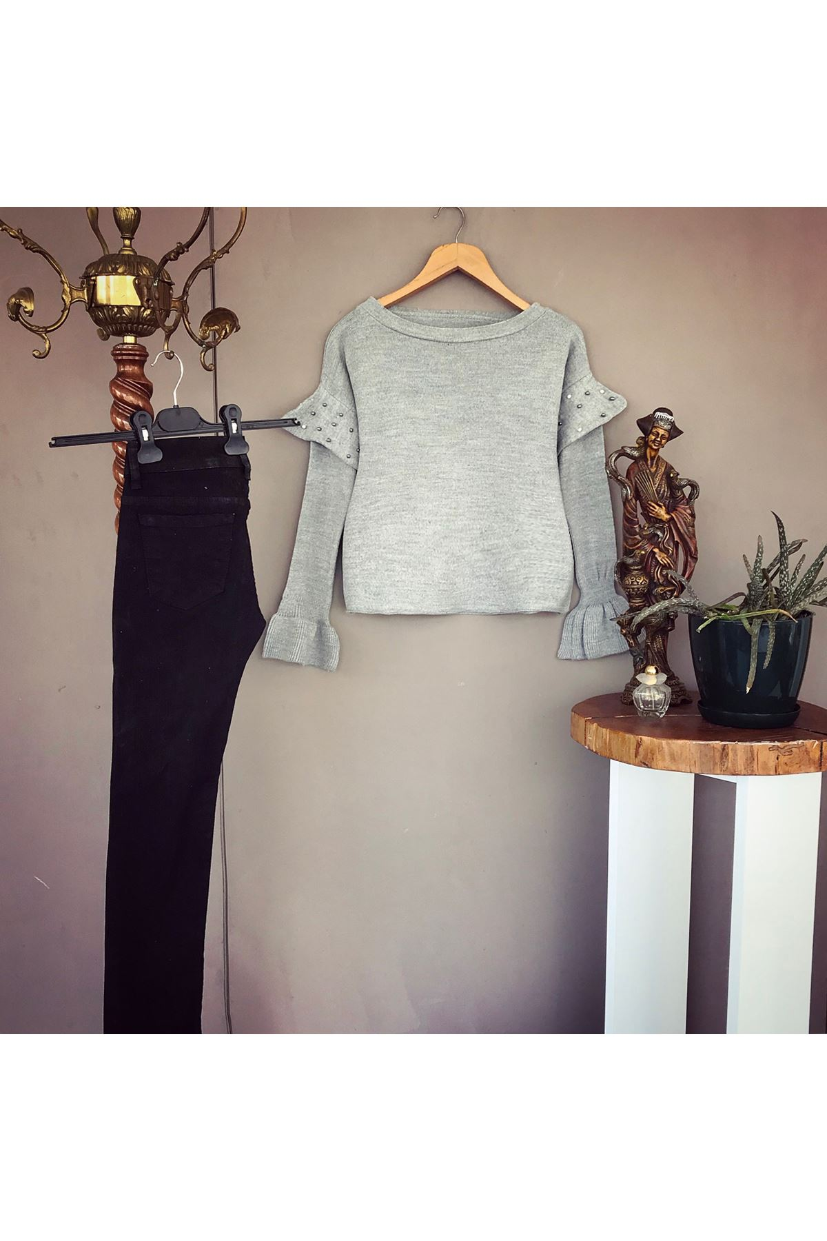 Women's Pearl Sleeves Grey Tricot Blouse