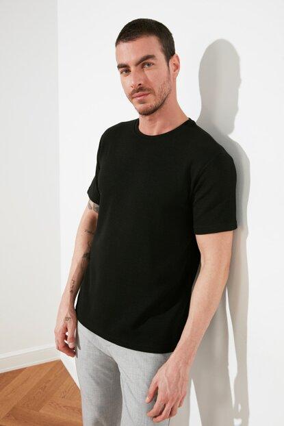 Men's Basic Black T-shirt
