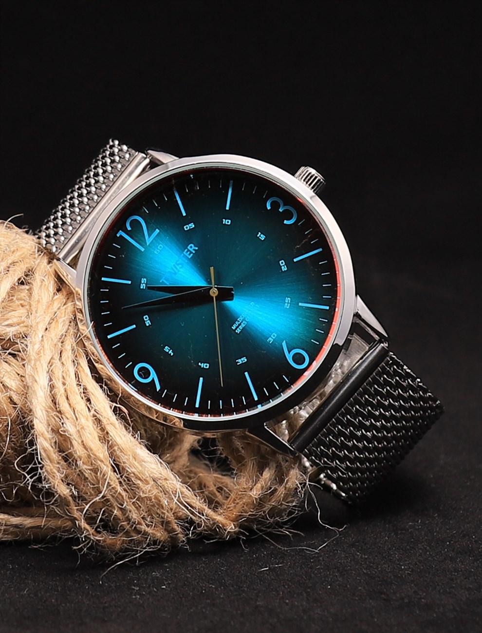 ساعة يد بإطار دائري معدني قش رجالي