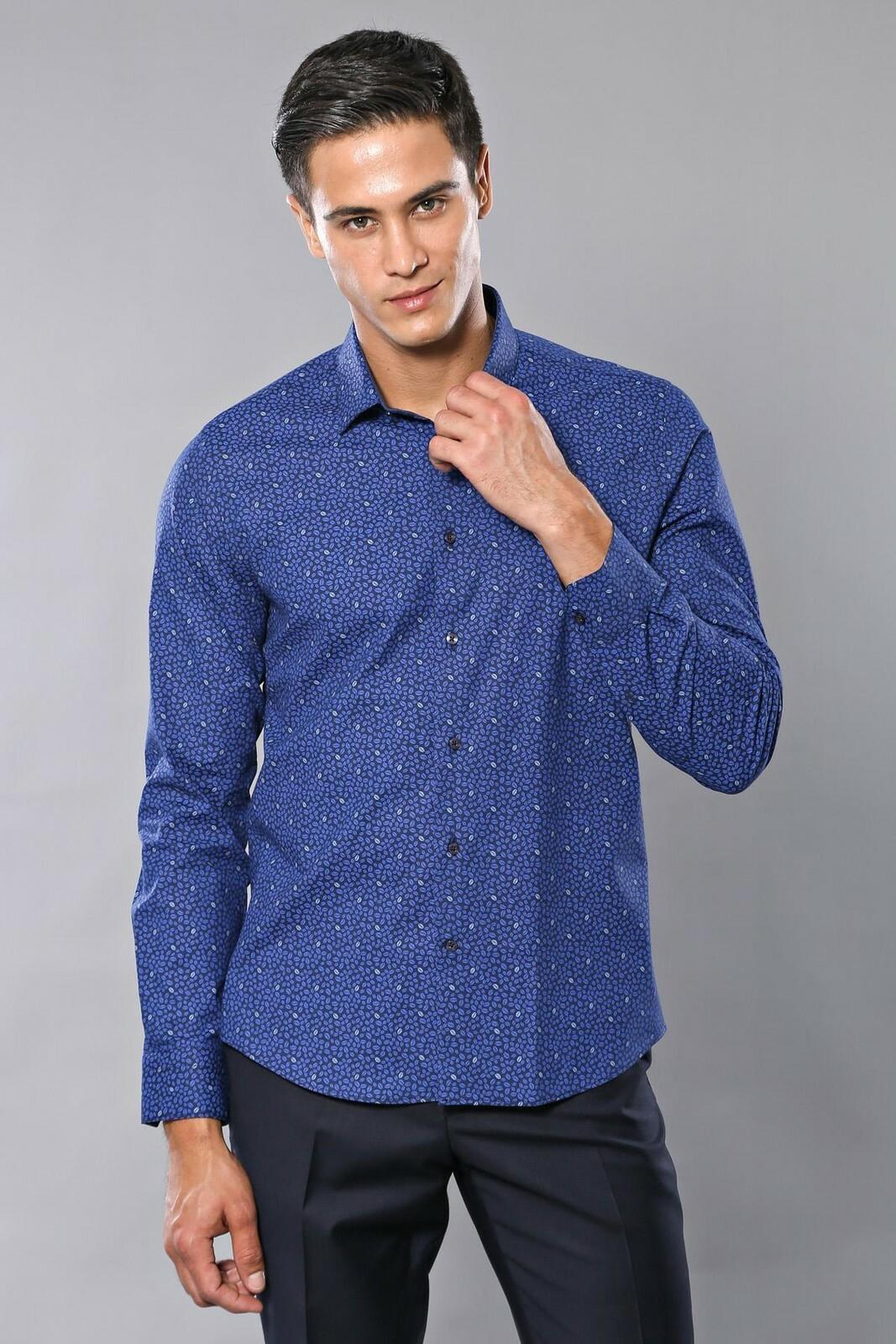 قميص أزرق مزخرف رجالي