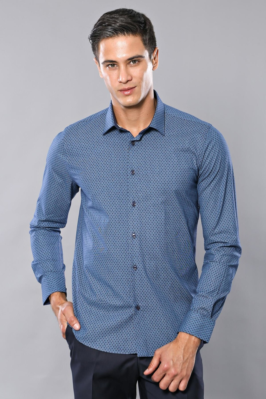 Long Sleeves Patterned Blue Shirt