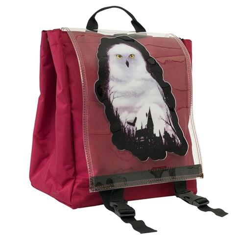 حقيبة ظهر حمراء بغطاء شفاف وطبعة بومة