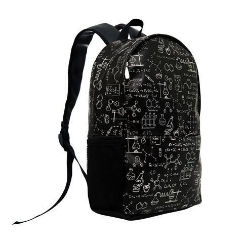 حقيبة ظهر جلد سوداء مزخرفة