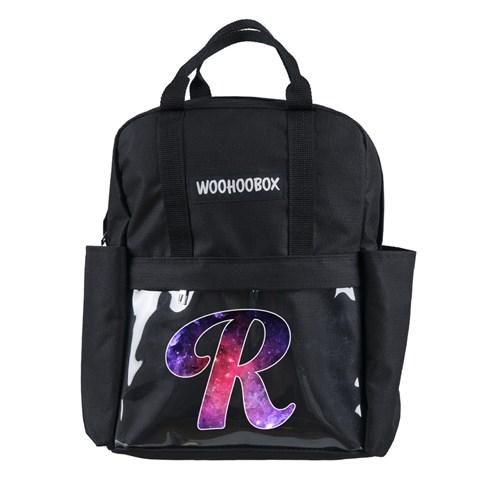حقيبة ظهر بجيوب شفافة وتصميم حرف R مزخرفة بتصميم مجرة