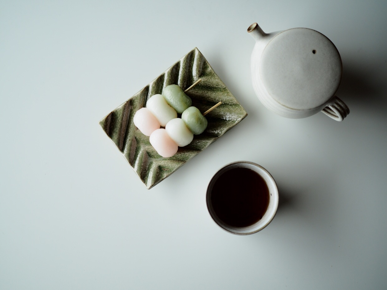 【 波紋菓子皿 】樫灰釉(緑色)-0