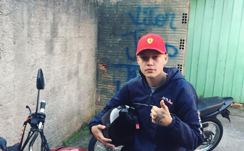'O funk me tirou das ruas', a história do MC Moraes JP