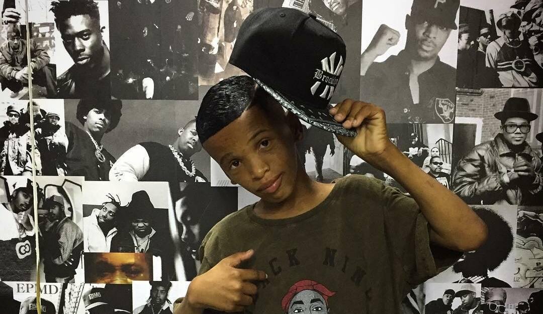 """""""Bigodin finin, cabelin na régua"""": menino Kallebe, criador de bordão das quebradas, morre no Rio Janeiro"""
