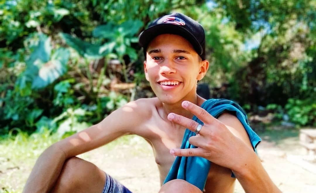 Cria do Guarujá (SP), MC LK 013 quer, com o funk, conquistar uma casa para sua mãe