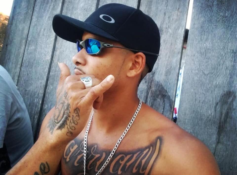 MC Bh da Pr quer estourar no funk para ajudar a família
