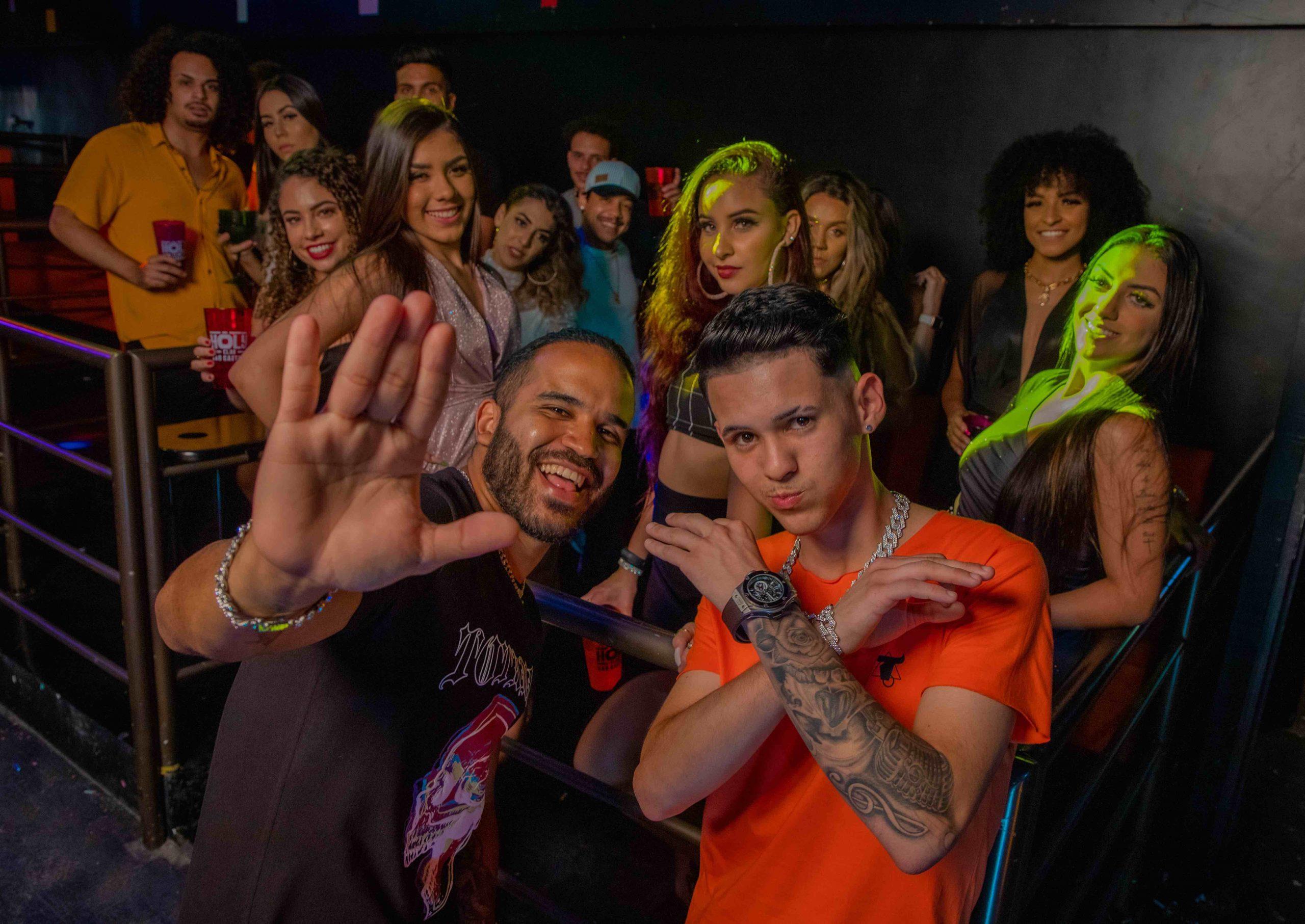 """DJ Pernambuco e MC Gui Andrade lançam """"Tchau Bye Bye"""" para as minas que não aguentam mais não ser valorizadas"""