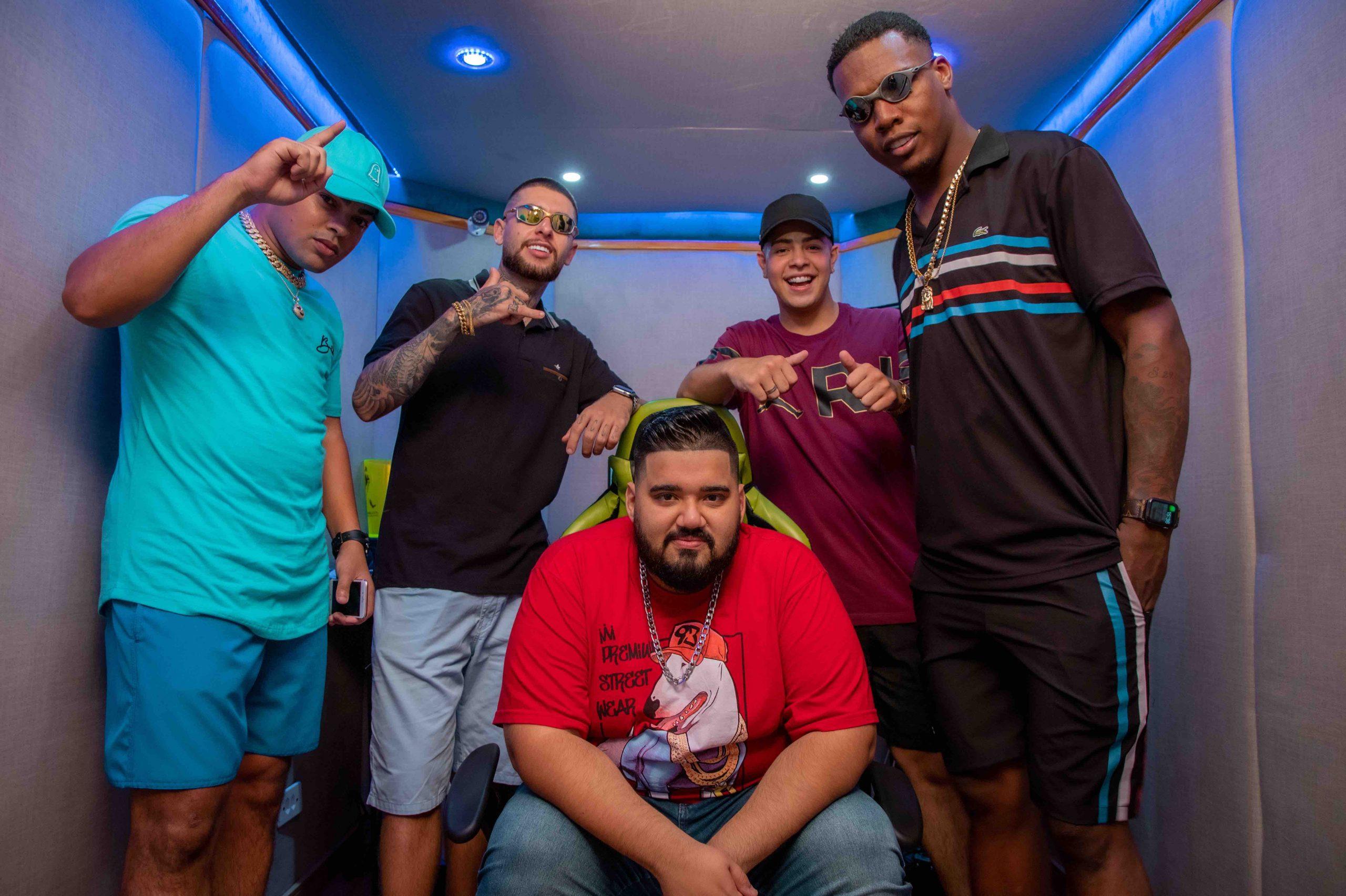 """DJ RD chega com os MC's M10, Hollywood, Kekel e Jottapê na faixa """"Arrasta Pra Cima"""""""