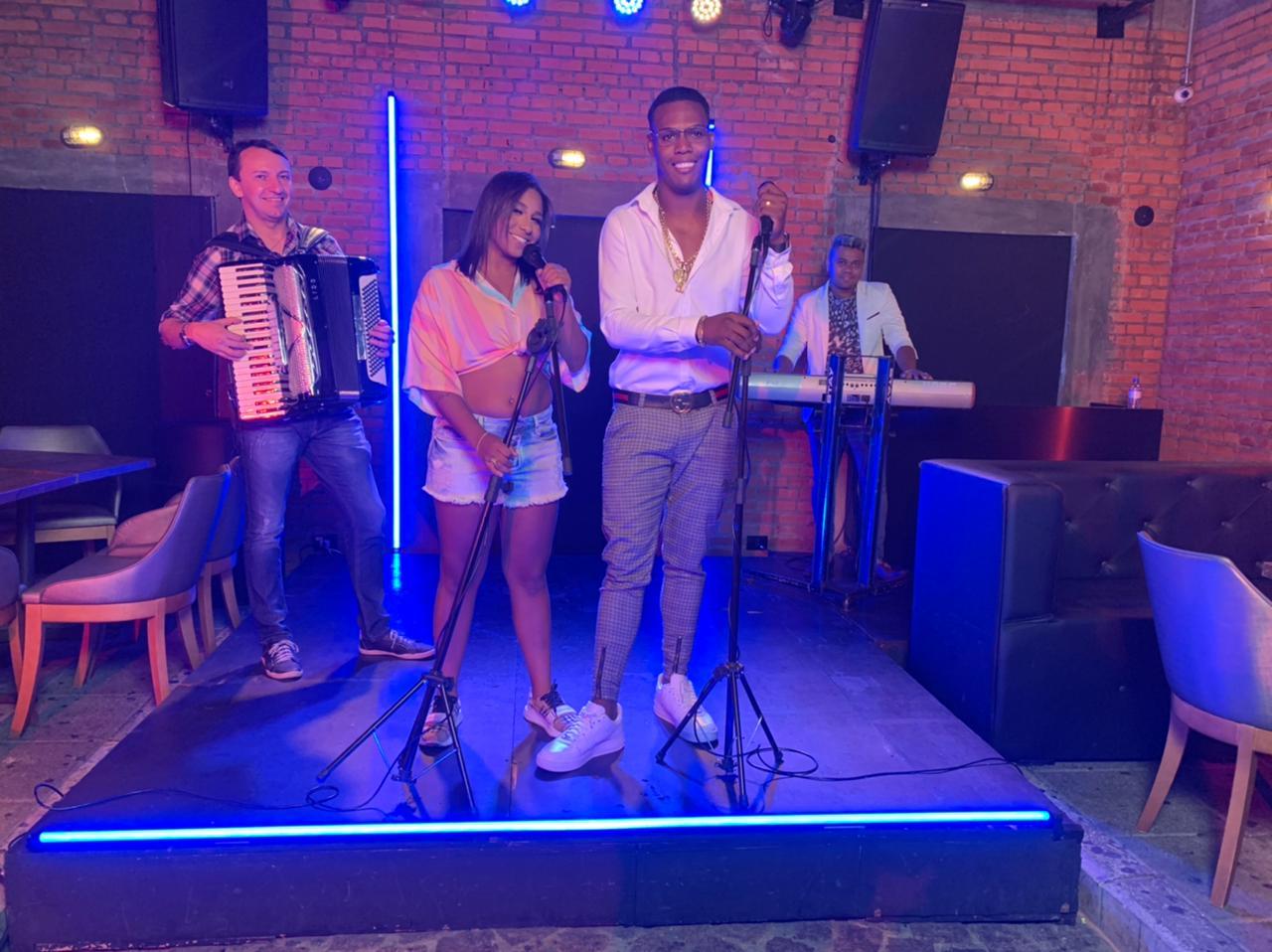 MC Kekel e MC Danny se unem e gravam videoclipe do piseiro 'Quem Mandou'