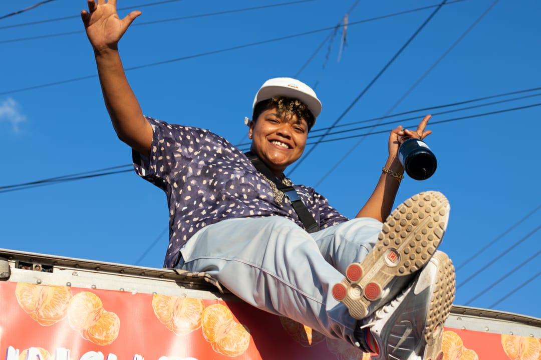 Tem lésbica no funk sim! Conheça a história da MC Mano Feu