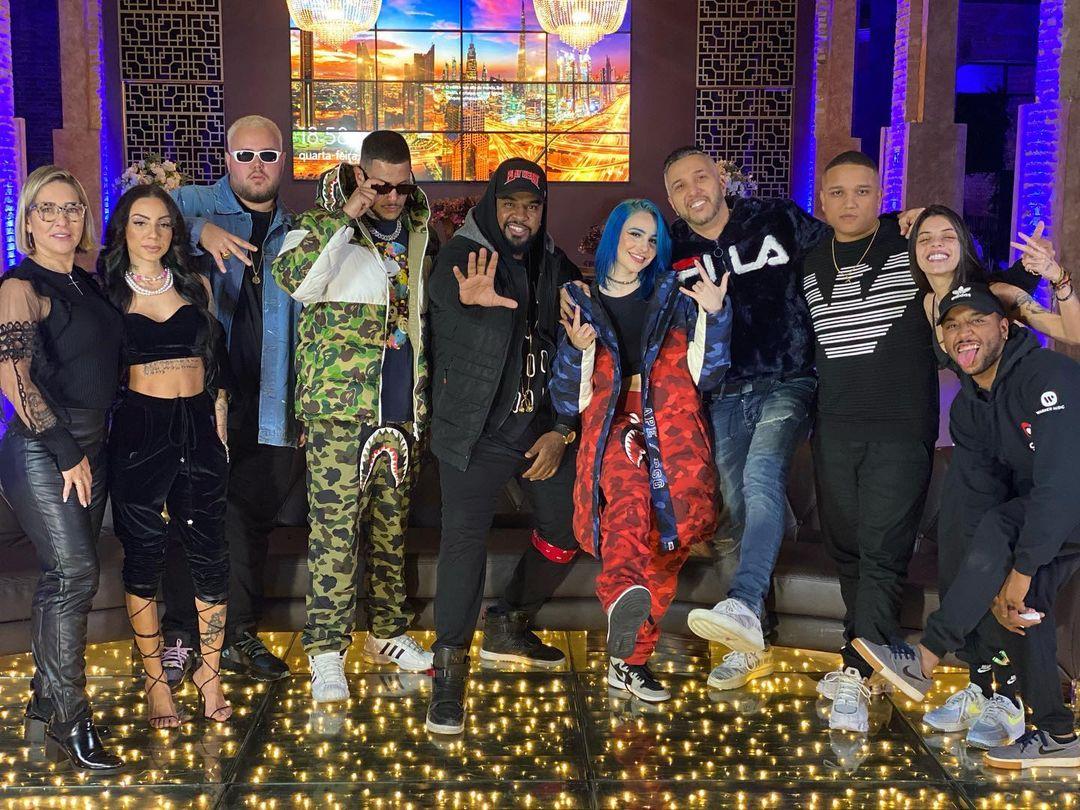 """MC Vinny, Belle Kaffer, DaPaz, Casluh e Hyperanhas se reúnem para gravação do acústico """"Lua Azul 2"""""""