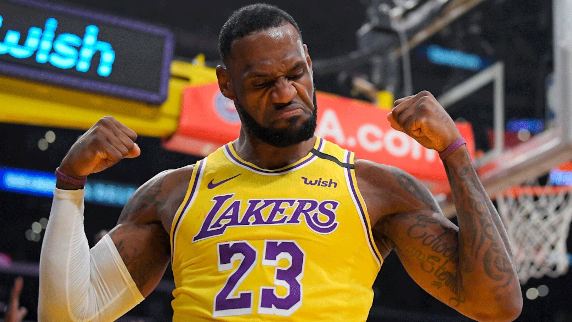 LeBron James se torna o primeiro jogador ativo da NBA a ganhar US$ 1 bilhão