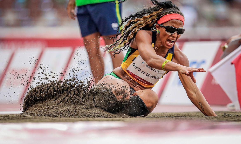 Paralímpiadas: Brasil conquista cinco medalhas de ouro em dia histórico