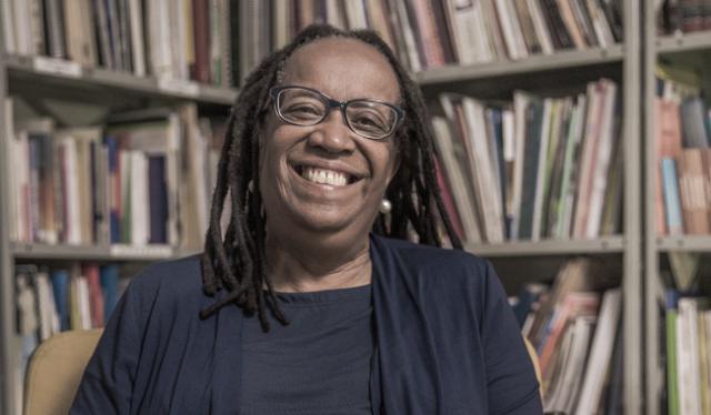 """Casa Sueli Carneiro abre inscrições para o curso """"Fazedoras de Memórias Negras"""""""
