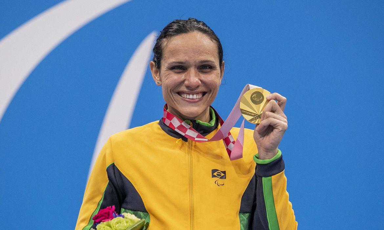 Paralímpiadas: Carol Santiago conquista terceiro ouro e Daniel Dias dá adeus à carreira